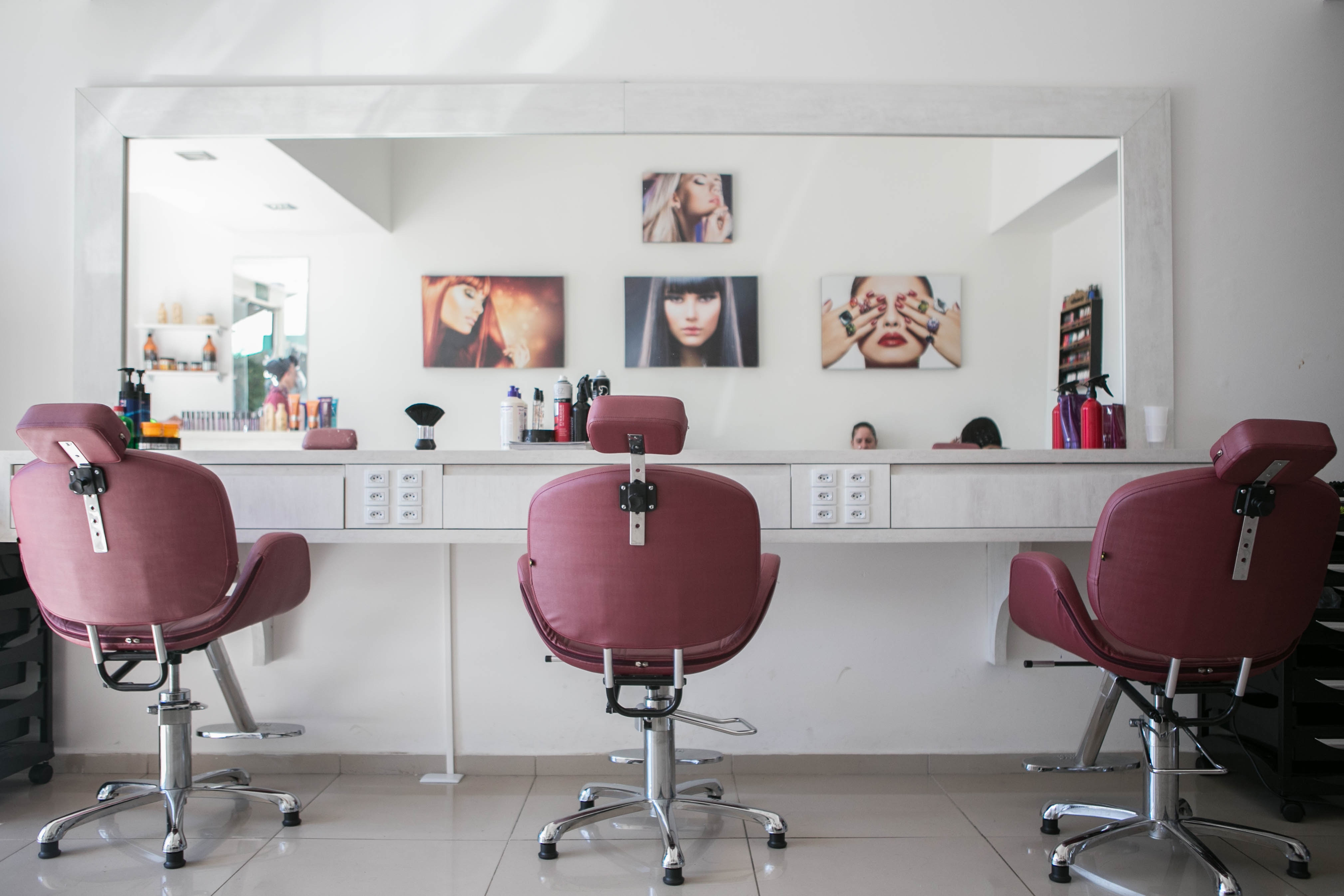 Why Your Salon or Spa Isn't Selling Retail Well